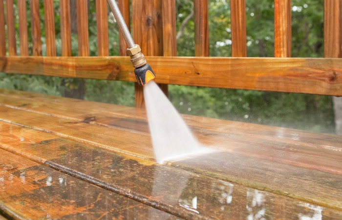 Big Horse Lawn Care and Pressure Washing Services in Clarksville, TN